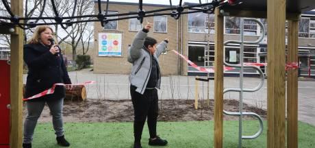 Leerlingen JF Kennedy blij: 'Dit schoolplein is veel beter, het oude was saai'