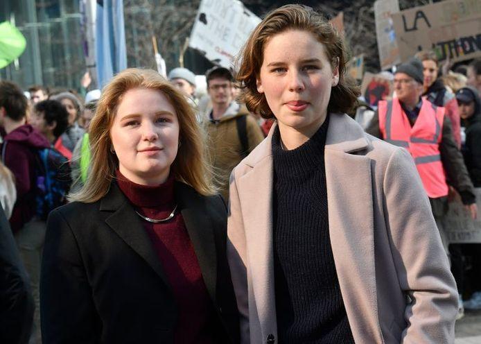 Kyra Gantois (l) en Anuna De Wever (r)