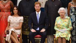 """Uitzonderlijke interventie van Queen vlak voor huwelijk: """"Meghan kan niet altijd haar zin krijgen"""""""