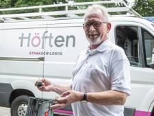 Schilder Bennie (65) halve eeuw trouw aan Höften in Wierden: 'Straks geen hele dagen thuis zitten'