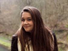 """Lina, 18 ans, perd la vie sur le chemin du travail: """"Ton heure n'était pas encore venue"""""""