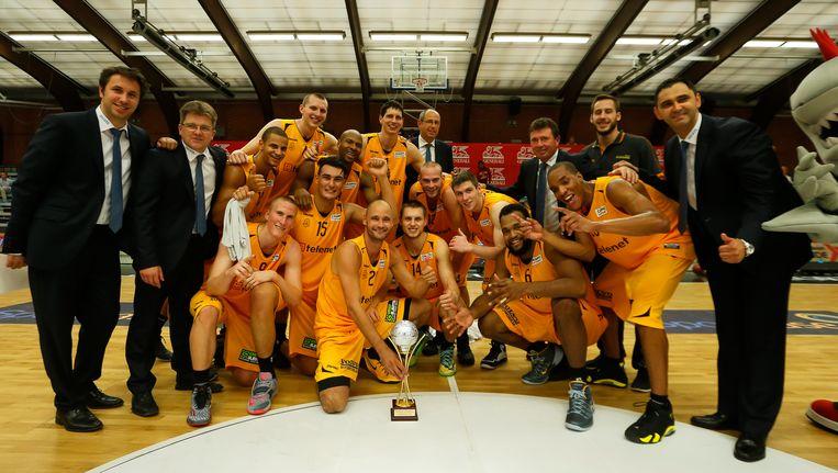 Landskampioen Oostende won gisteren de Supercup Beeld BELGA