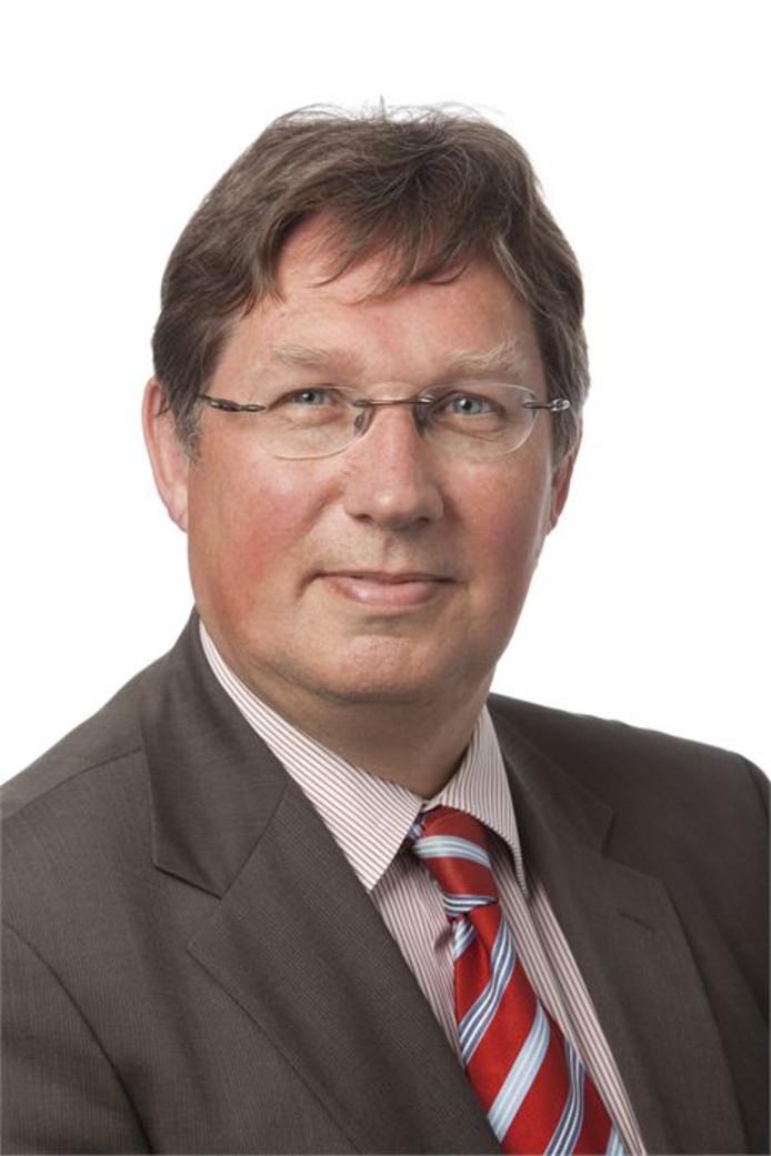 Burgemeester Gregor Rensen van Brielle wil meer ambtenaren.