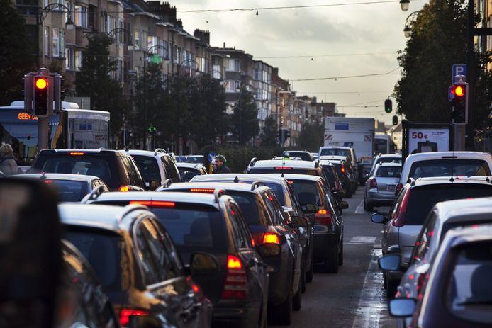 L'avenue Charles Quint voit passer un tiers des navetteurs entrant chaque jour dans Bruxelles.