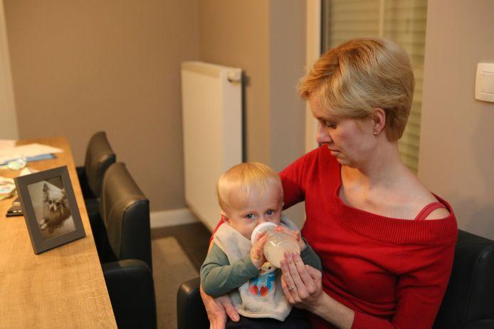 Liesbeth heeft een maand later nog steeds nachtmerries,  baby Mathieu stelt het gelukkig wel goed