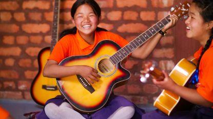 Lost Frequencies opent eerste Tomorrowland-school in Nepal