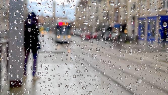 Vanmiddag blijft het droog met opklaringen, morgen bijna hele dag regen