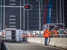 Ophef over jarenlange afsluiting rijbanen Haringvlietbrug: 'Het is dramatisch'