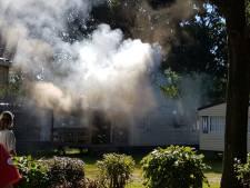 Caravan brandt uit op camping Droomgaard in Kaatsheuvel