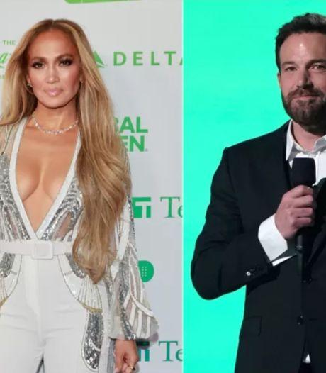Jennifer Lopez et Ben Affleck surpris en train de s'embrasser à la terrasse d'un restaurant