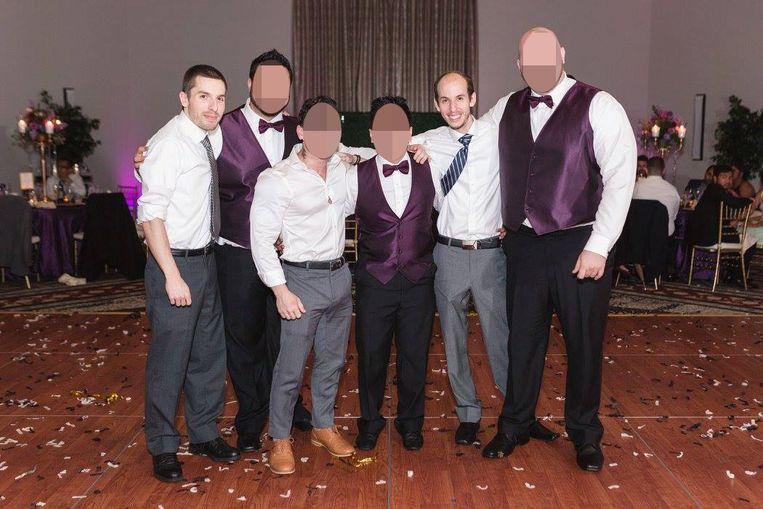 Grant (tweede van rechtst) en zijn broer Cody (links) op een Facebookfoto van een jaar geleden.