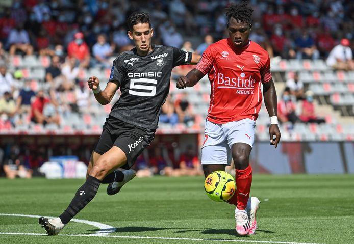 Denkey (rechts) in actie tegen Rennes.