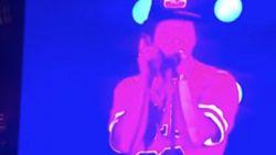 """""""Ik wil u zien mijn sjoeke"""": Bruno Mars verrast de wei van Werchter Boutique met Nederlands liedje"""
