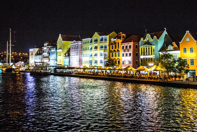 Willemstad. De hoofdstad van Curaçao moet, net als de buureilanden Aruba en Bonaire hulp krijgen uit Europa, zegt  het Europees parlement.