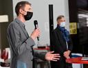Merlijn Erbuer, voorzitter van het beheerscomité van de MIVB. In de achtergrond: Brieuc De Meeûs, CEO van de MIVB.