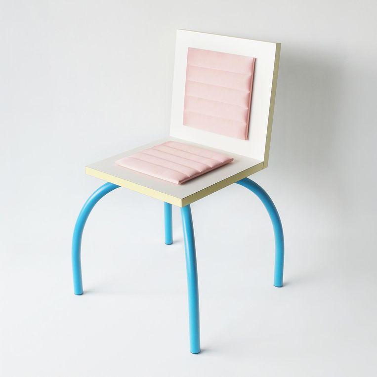 Een Memphis-stoel. Beeld