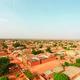 Moderne gebouwen in Afrika moeten niet lijken op westerse wolkenkrabbers. Júíst niet