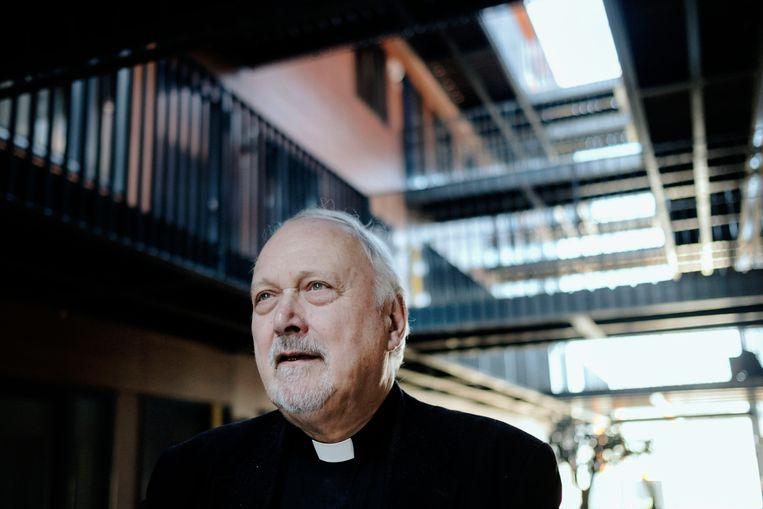 Cor Mennen: 'De meeste mensen leven zonder God en als ze nog iets van geloof hebben, dan speelt die God geen enkele rol in hun dagelijkse doen en laten.' Beeld Merlin Daleman