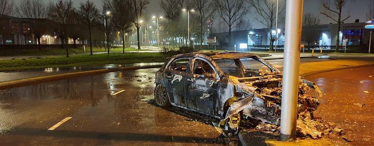 De gecrashte Mercedes. Beeld Team Hoofdwegen Amsterdam
