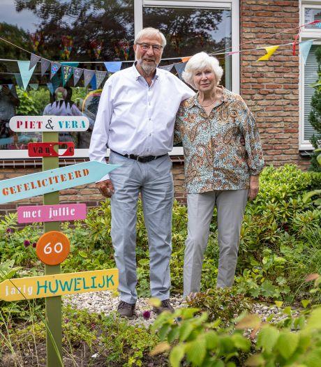Haags echtpaar viert 60-jarig huwelijk in 'heerlijk rustig' Delden: 'Geen moment spijt van onze verhuizing'