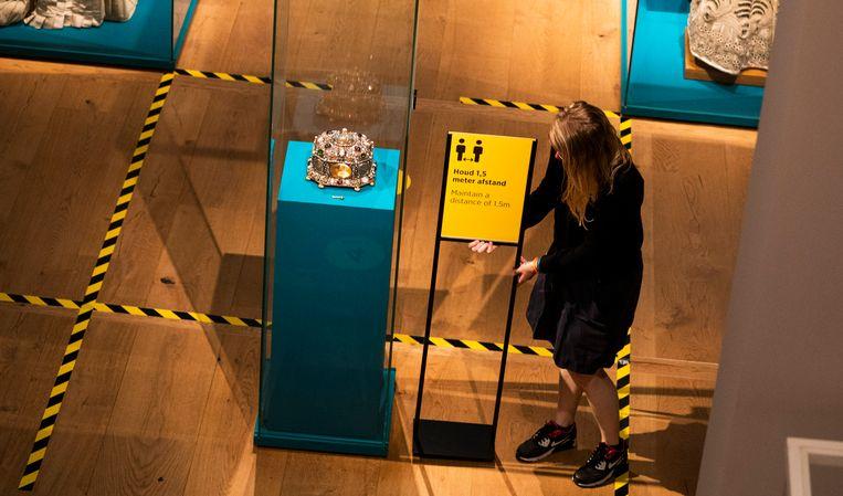 Voorbereidingen in museum Hermitage Amsterdam in aanloop naar de heropening vorig jaar.  Beeld ANP