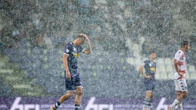 Beerschot - Cercle Brugge definitief stilgelegd na bijzonder hevige stortbui boven het Kiel en 0-1-stand