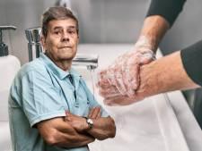Mannen moeten ook handen wassen vóór het plassen, is het niet?