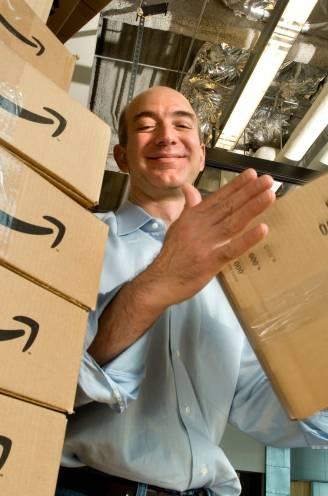 Begonnen in de garage, maar vandaag meer waard dan wat alle Vlamingen in één jaar verdienen: het verhaal van Amazon-oprichter Jeff Bezos