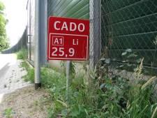 'Wat betekenen borden met opschrift CADO langs de weg?'
