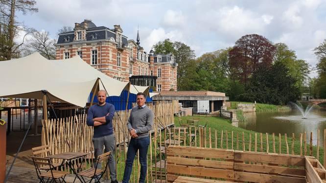 Zomerbar Chateau Paulette plaatst grote schermen voor wedstrijden van de Rode Duivels