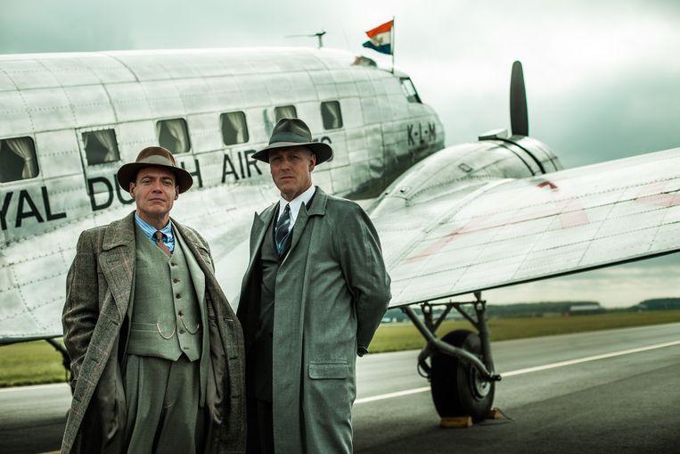 Fedja van Huêt en Daan Schuurmans in de nieuwe dramaserie Vliegende Hollanders. Beeld