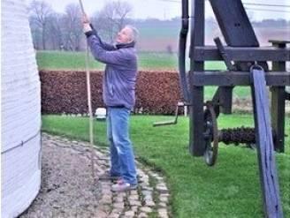 """REEKS UITSTERVEND RAS - Jan De Bou doet de wieken draaien van de gerestaureerde Verrebeekmolen: """"Besmet door het enthousiasme van een oude molenaar"""""""