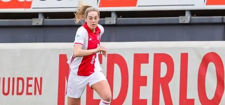Marjolijn van den Bighelaar gaf geen cent meer voor zo'n lange carrière bij Ajax: 'Daarom ben ik er zo ongelooflijk trots op'