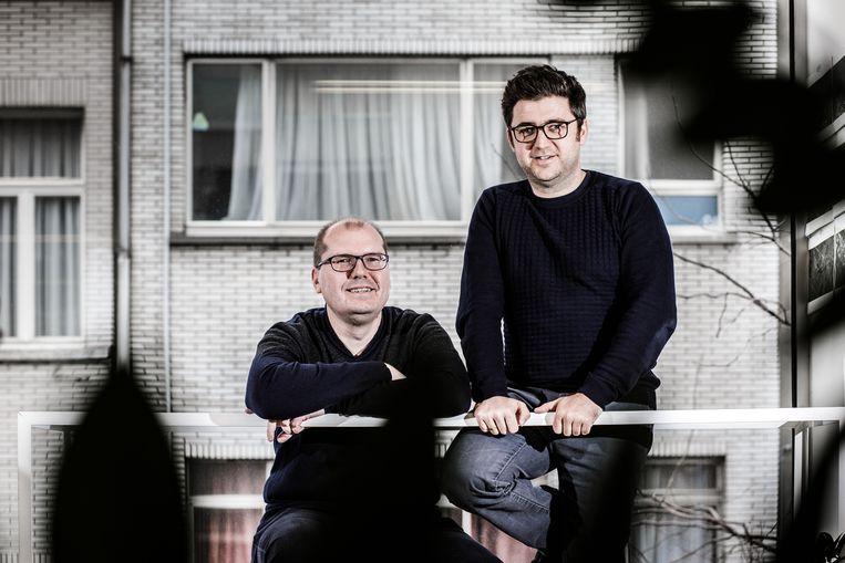 RE-ST-architecten Dimitri Minten (l.) en Tim Vekemans. 'Voor je begint met bouwen, moet je eerst onderzoeken of niet-bouwen een optie is.' Beeld Bob Van Mol