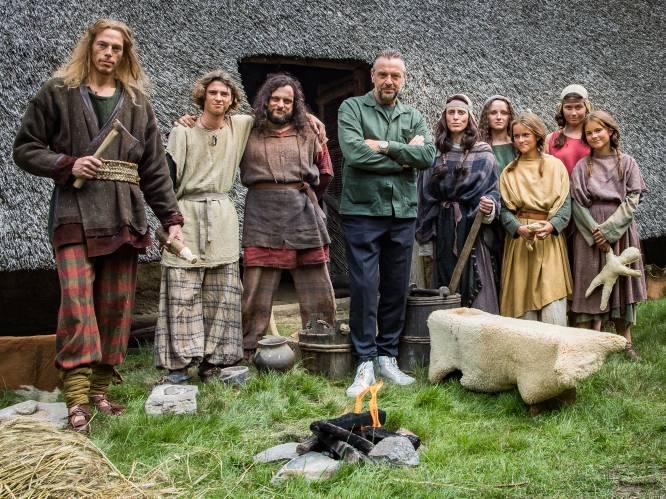 """Tom Waes op de set van 'Het verhaal van Vlaanderen': """"Ik ben allicht de meest geteste mens van het land"""""""
