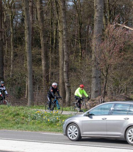 Cor vloog meters door de lucht na botsing met Veluws zwijn: 'Bescherm de fietsers tegen wild!'