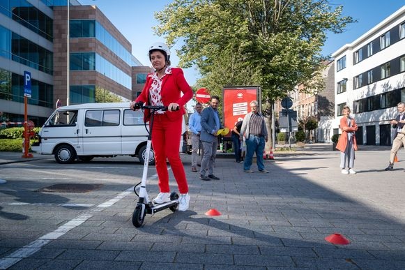 Minister voor Mobiliteit Lydia Peeters tijdens 'One Step Away'