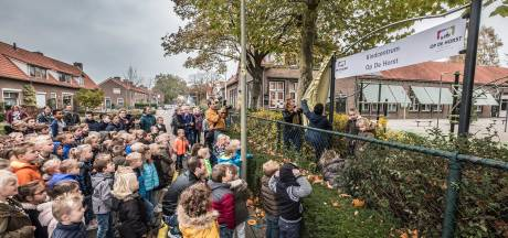 'Onveilige' basisschool heeft dringend facelift nodig maar wacht al jaren op Berg en Dal