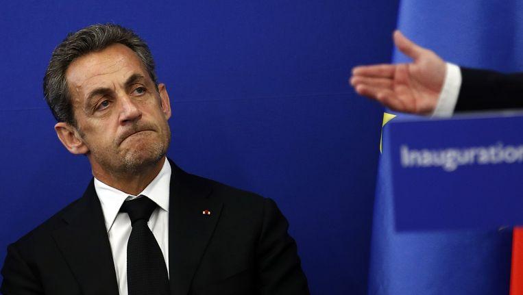 Werkt Nicolas Sarkozy aan zijn terugkeer? Beeld REUTERS