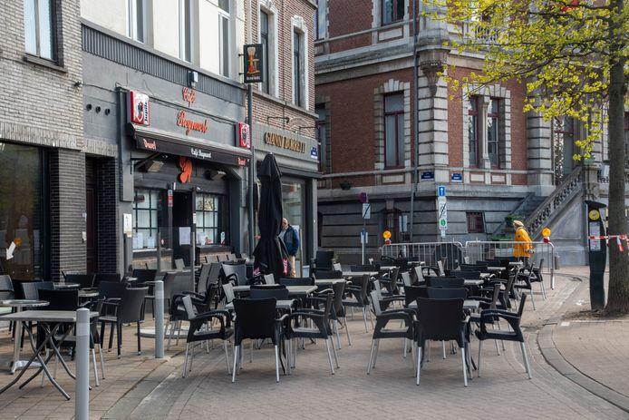 Een deel van de Markt is verkeersvrij voor uitgebreidere terrasen.