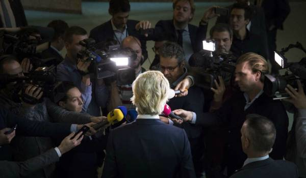 Moeten journalisten weer partizanen zijn?