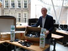Oude mobieltjes Zutphen naar Stichting Opkikker dankzij Oldebroeker Jesse (13)
