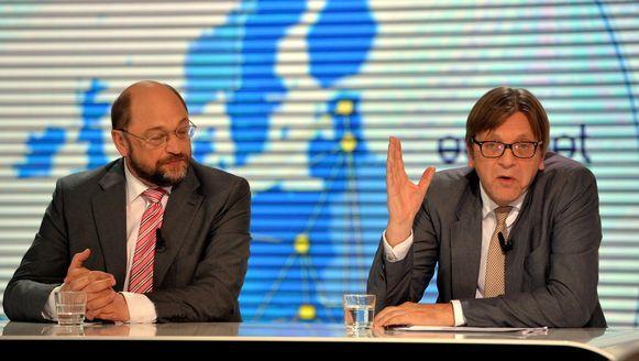 Martin Schulz en Guy Verhofstadt tijdens een eerder debat tussen de kandidaat-commissievoorzitters.
