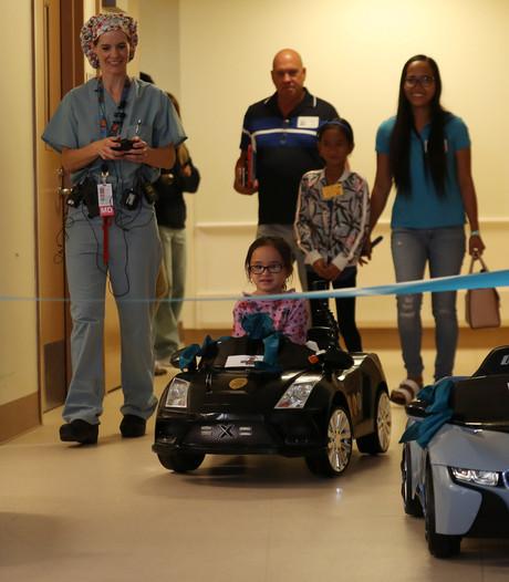 Kinderziekenhuis laat patiëntjes zelf naar operatiekamer rijden