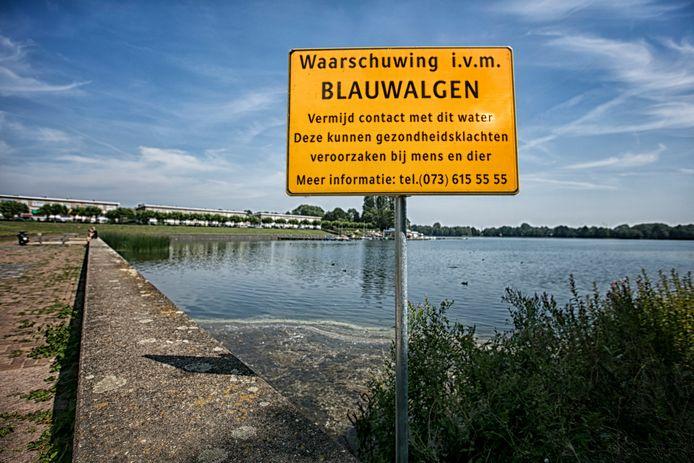 Een aantal jaar geleden plaatste de gemeente waarschuwingsborden bij de Oosterplas in Den Bosch.