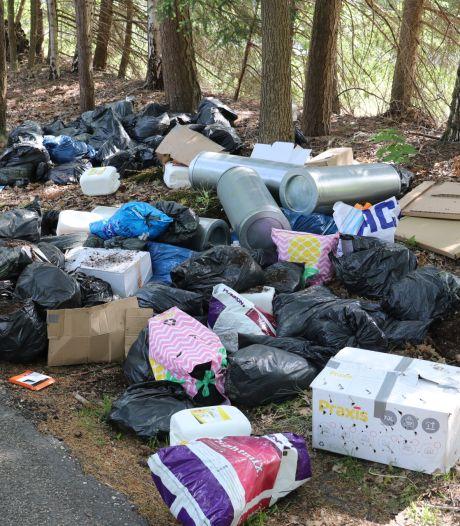 Meerdere dumpingen van vaten en vuilniszakken in Ugchelen