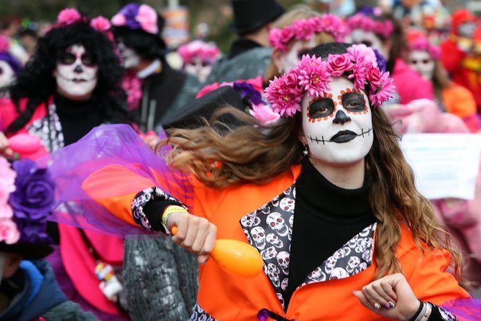 Optocht Paplaand in 2020 toen het Mexicaanse Dodenfeest werd uitgebeeld. Niet met voorbedachten rade om het feest ten grave te dragen overigens.