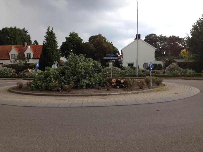 De rotonde Hakselseweg-Klaphekweg in Ede.