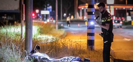 Motorrijder met spoed naar ziekenhuis na botsing met auto