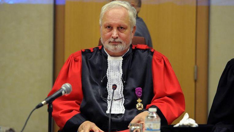 Assisenvoorzitter Michel Jordens zal donderdag uitleg geven over de negen schuldvragen die de jury moet beantwoorden Beeld BELGA
